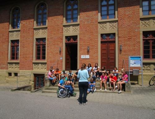 Klasse 6a in der ehemaligen Synagoge Affaltrach