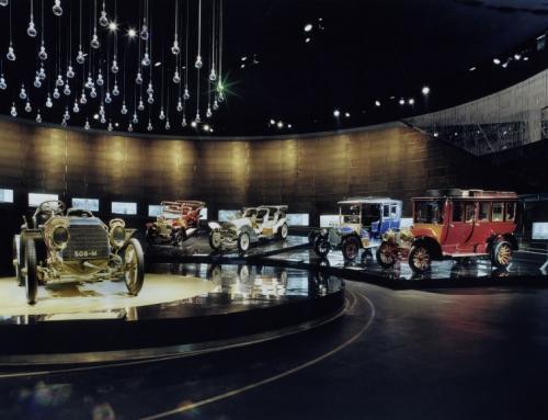 9er lernen Geschichte des Automobils im Rahmen unseres Profils Ökonomie und Ethos kennen